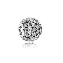 Snowflake charm in sterling silver with clear cubic zirconia