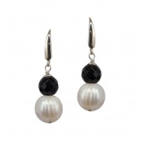 Sterling Silver 11-12MM White Ringed Freshwater Cultured Pear Black Onyx Linear Earrings