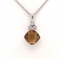 Colore Citrine Pendant and Chain